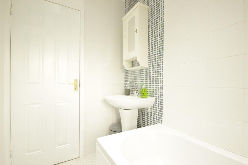 Luxury-Apartments-Hull---Victoria-house-Apartment-Near-Hull-New-Theatre---Urban-Stay-2