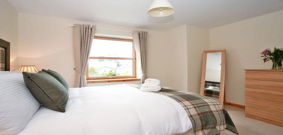 Luxury-Corporate-Accommodation-Aberdeen---Willowbank-Road-Apartments-Near-Robert-Gordon-Campus--Urban-Stay-2