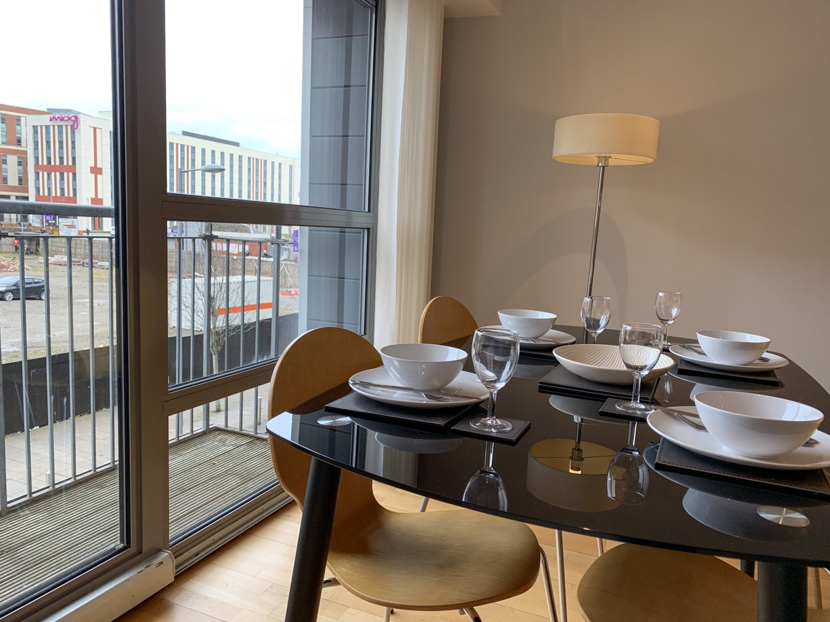 Luxury-Corporate-Apartments-Glasgow---College-Apartments-Near-Glasgow-Central-station---Urban-Stay-12