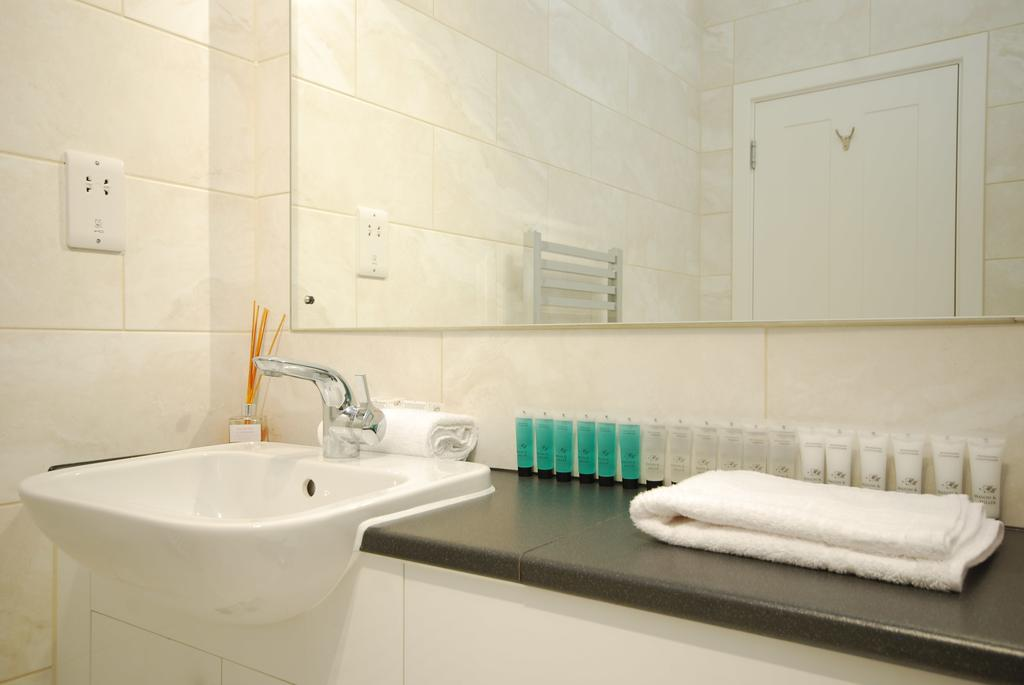Luxury-Serviced-Accommodation-Holborn-New-Oxford-Street-Apartments-Near-British-Museum---Urban-Stay-11