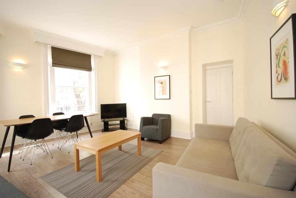 Luxury-Serviced-Accommodation-Holborn---New-Oxford-Street-Apartments-Near-British-Museum---Urban-Stay-2