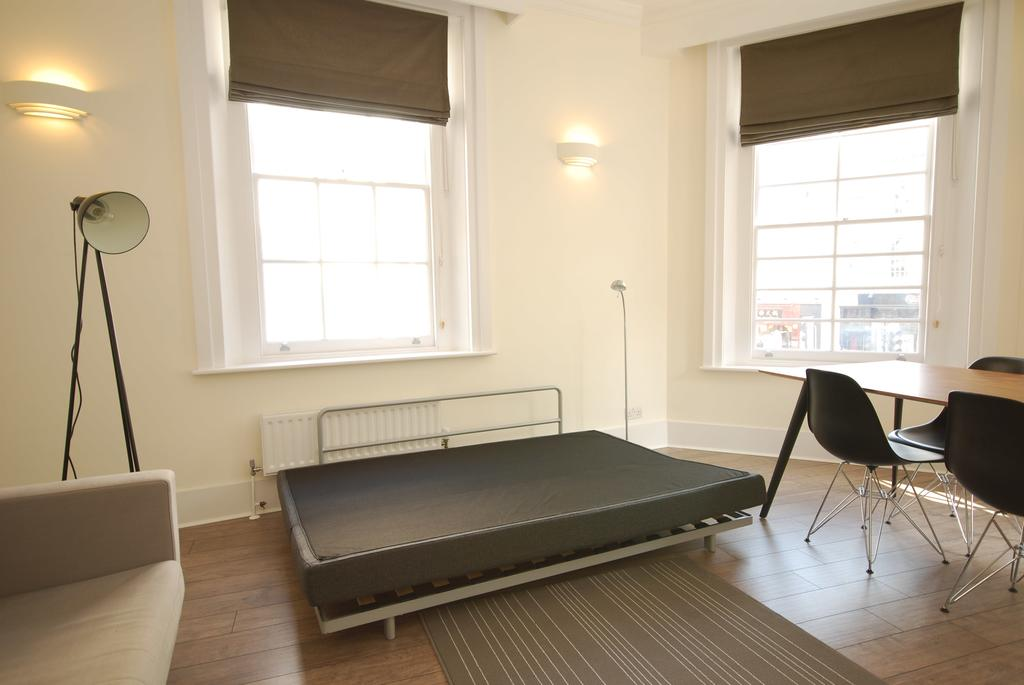 Luxury-Serviced-Accommodation-Holborn---New-Oxford-Street-Apartments-Near-British-Museum---Urban-Stay-7