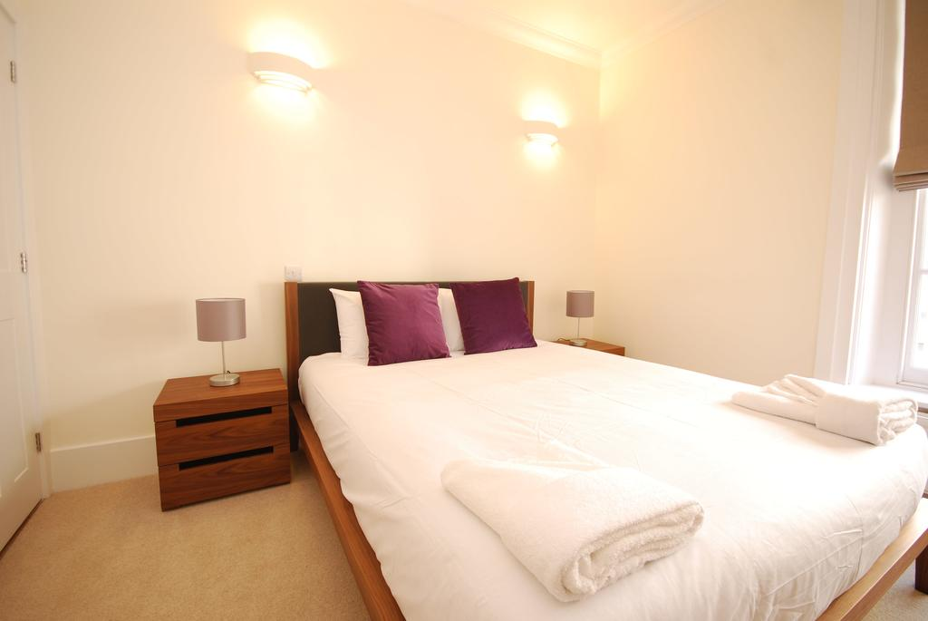 Luxury-Serviced-Accommodation-Holborn---New-Oxford-Street-Apartments-Near-British-Museum---Urban-Stay-8