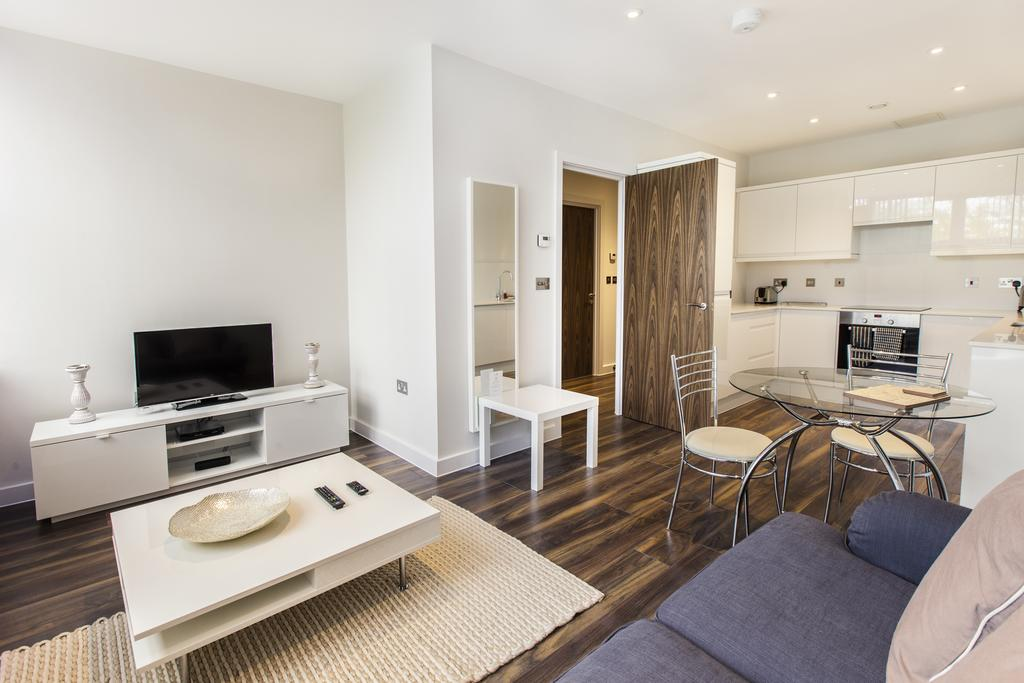 Milton-Keynes-Corporate-Apartments---Centro-Apartments-Near-The-Centre-MK---Urban-Stay-14