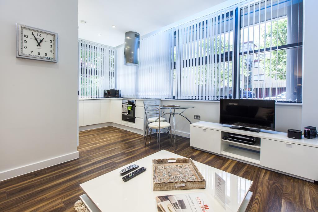 Milton-Keynes-Corporate-Apartments---Centro-Apartments-Near-The-Centre-MK---Urban-Stay-4