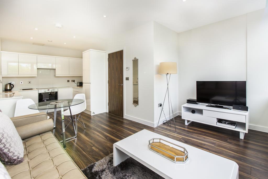 Milton-Keynes-Corporate-Apartments---Centro-Apartments-Near-The-Centre-MK---Urban-Stay-7