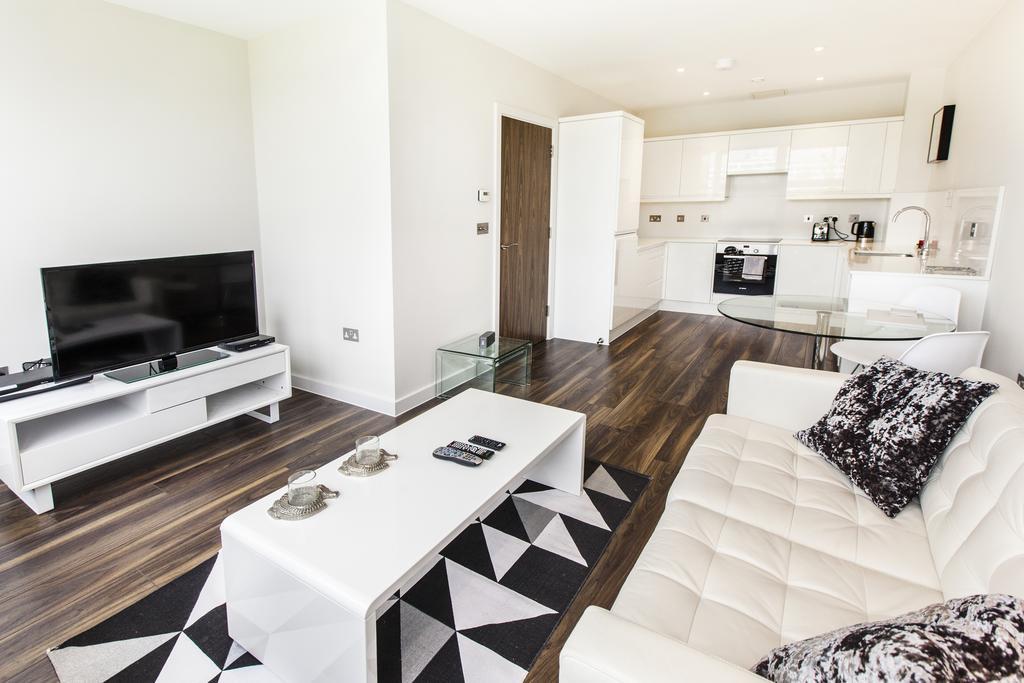 Milton-Keynes-Corporate-Apartments---Centro-Apartments-Near-The-Centre-MK---Urban-Stay-8