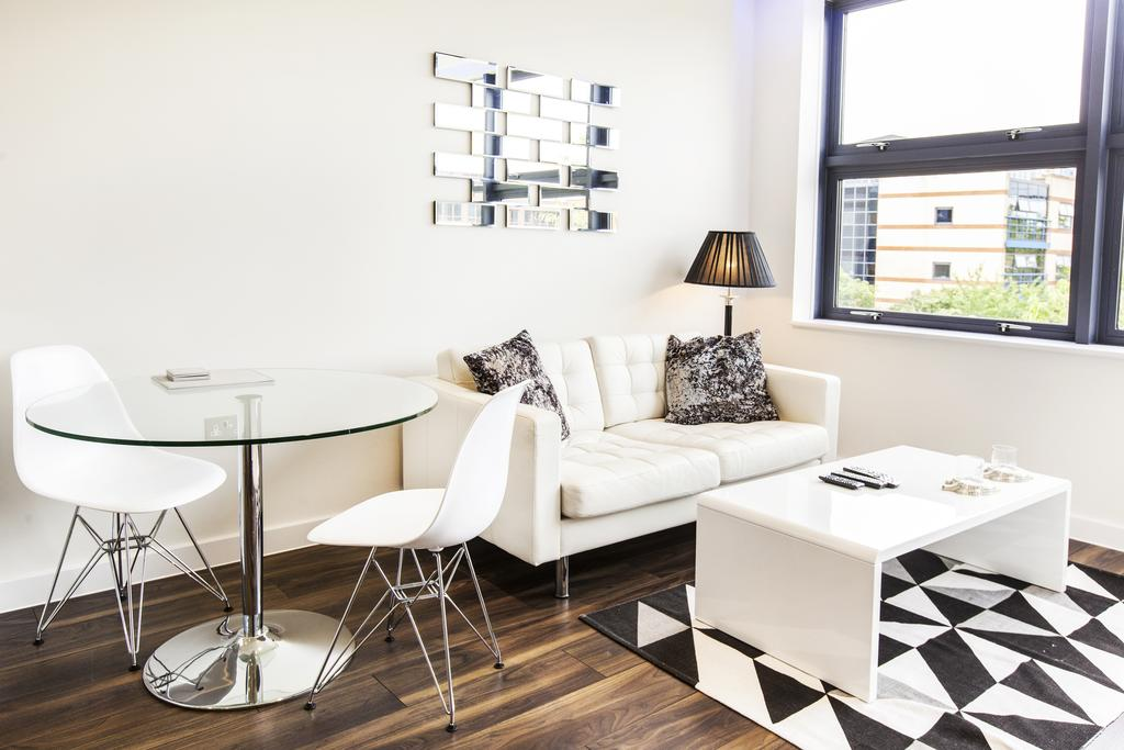 Milton-Keynes-Corporate-Apartments---Centro-Apartments-Near-The-Centre-MK---Urban-Stay-9