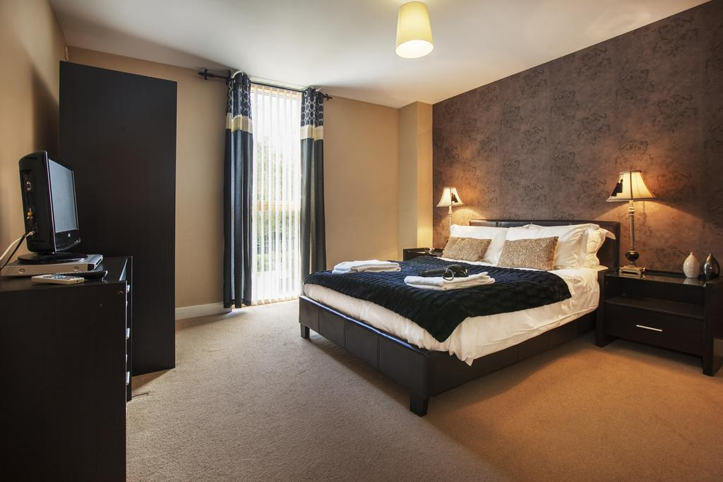 Milton-Keynes-Self-catering-Apartments---South-Vizion-Apartments-Near-The-MK-Shopping-Centre---Urban-Stay-16