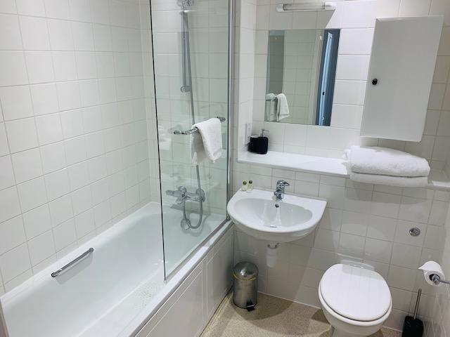 Milton-Keynes-Self-catering-Apartments---South-Vizion-Apartments-Near-The-MK-Shopping-Centre---Urban-Stay-7