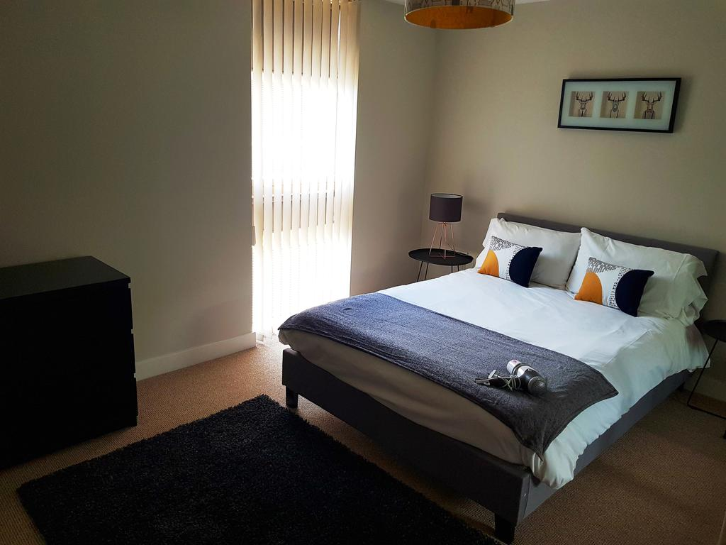 Milton-Keynes-Self-catering-Apartments---South-Vizion-Apartments-Near-The-MK-Shopping-Centre---Urban-Stay-8