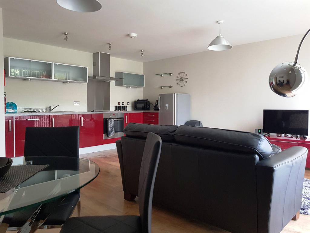 Milton-Keynes-Self-catering-Apartments---South-Vizion-Apartments-Near-The-MK-Shopping-Centre---Urban-Stay-9