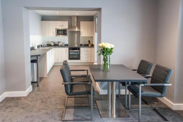 Newcastle-Corporate-Apartments---Aerial-House-Apartments-Near-Sage-Gateshead---Urban-Stay-5