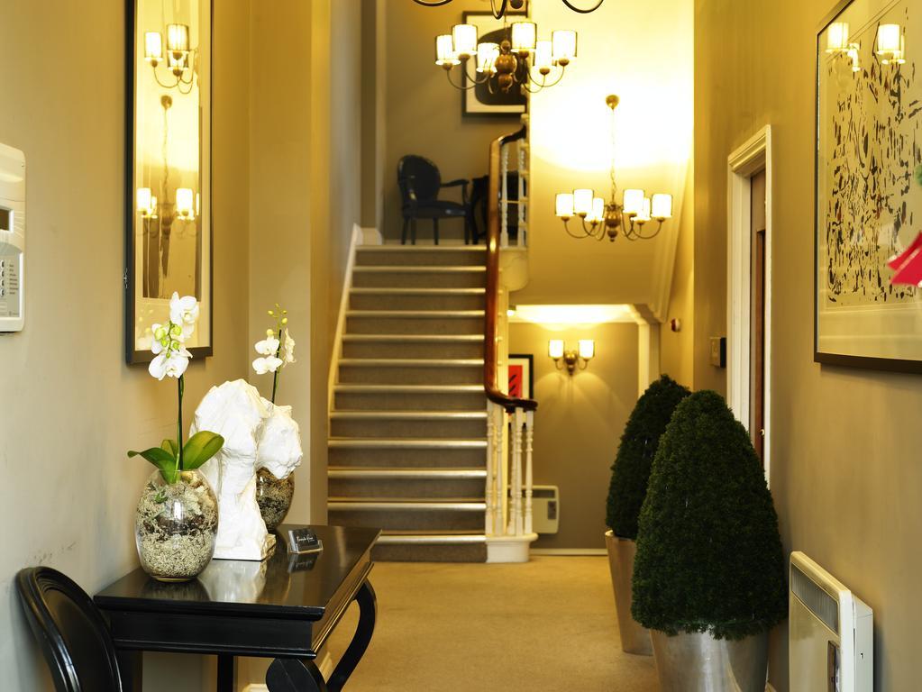 Newcastle-Luxury-Corporate-Apartments---Kensington-House-Apartments-Near-Jesmond-Metro-Station---Urban-Stay-2