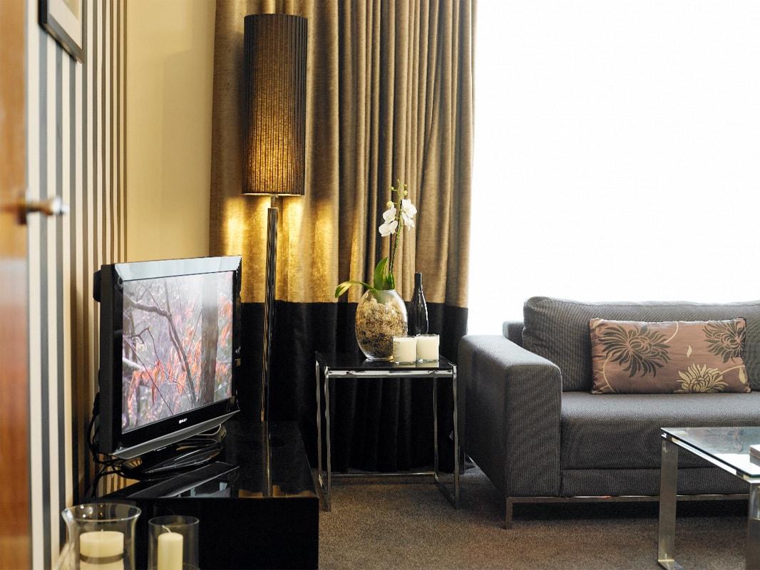 Newcastle-Luxury-Corporate-Apartments---Kensington-House-Apartments-Near-Jesmond-Metro-Station---Urban-Stay-3