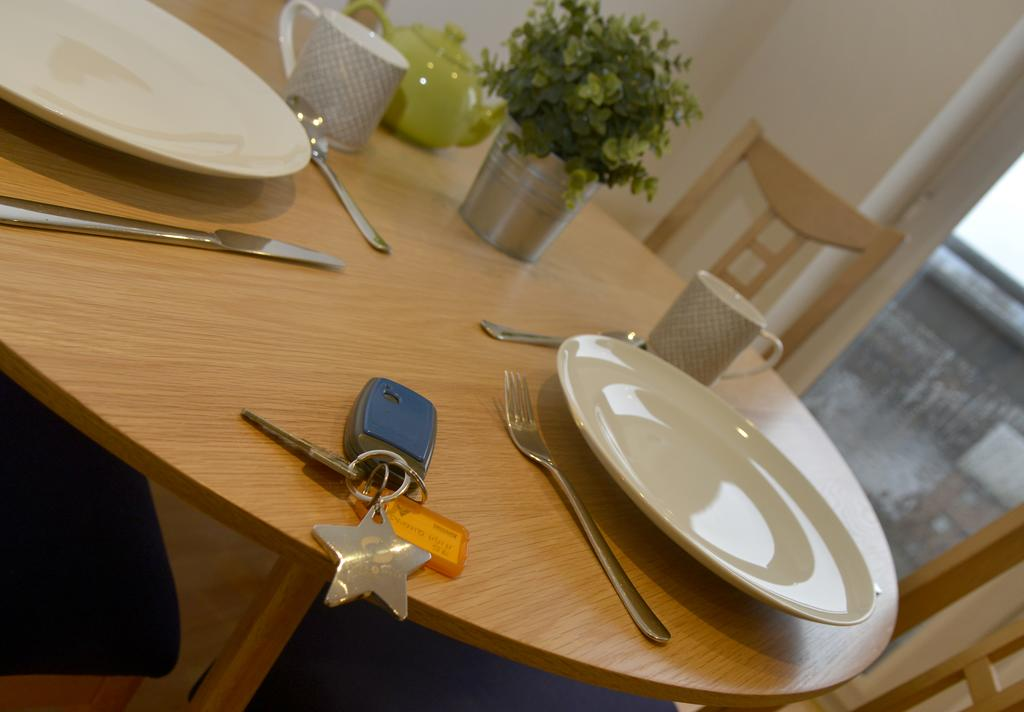 Newcastle-Luxury-Serviced-Apartments---Moor-Court-Apartments-Near-Northumbria-University---Urban-Stay-8