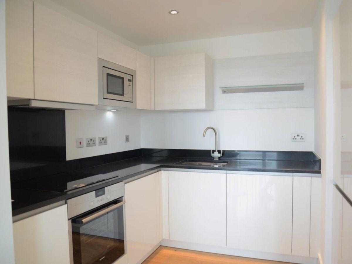 Notting-Hill-Serviced-Accommodation---Portobello-Road-Apartments-Near-Kensington-Palace-11
