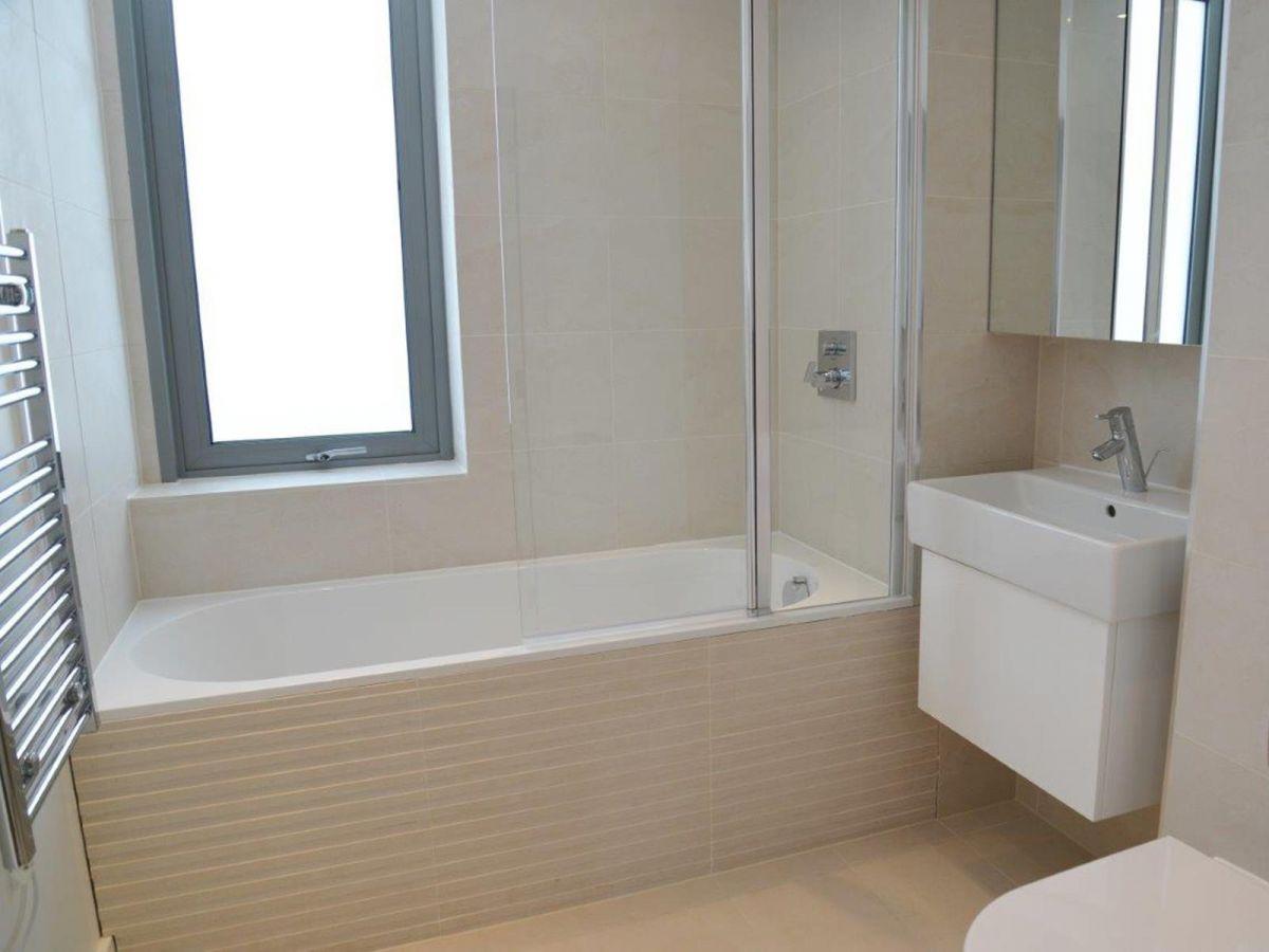 Notting-Hill-Serviced-Accommodation---Portobello-Road-Apartments-Near-Kensington-Palace-12