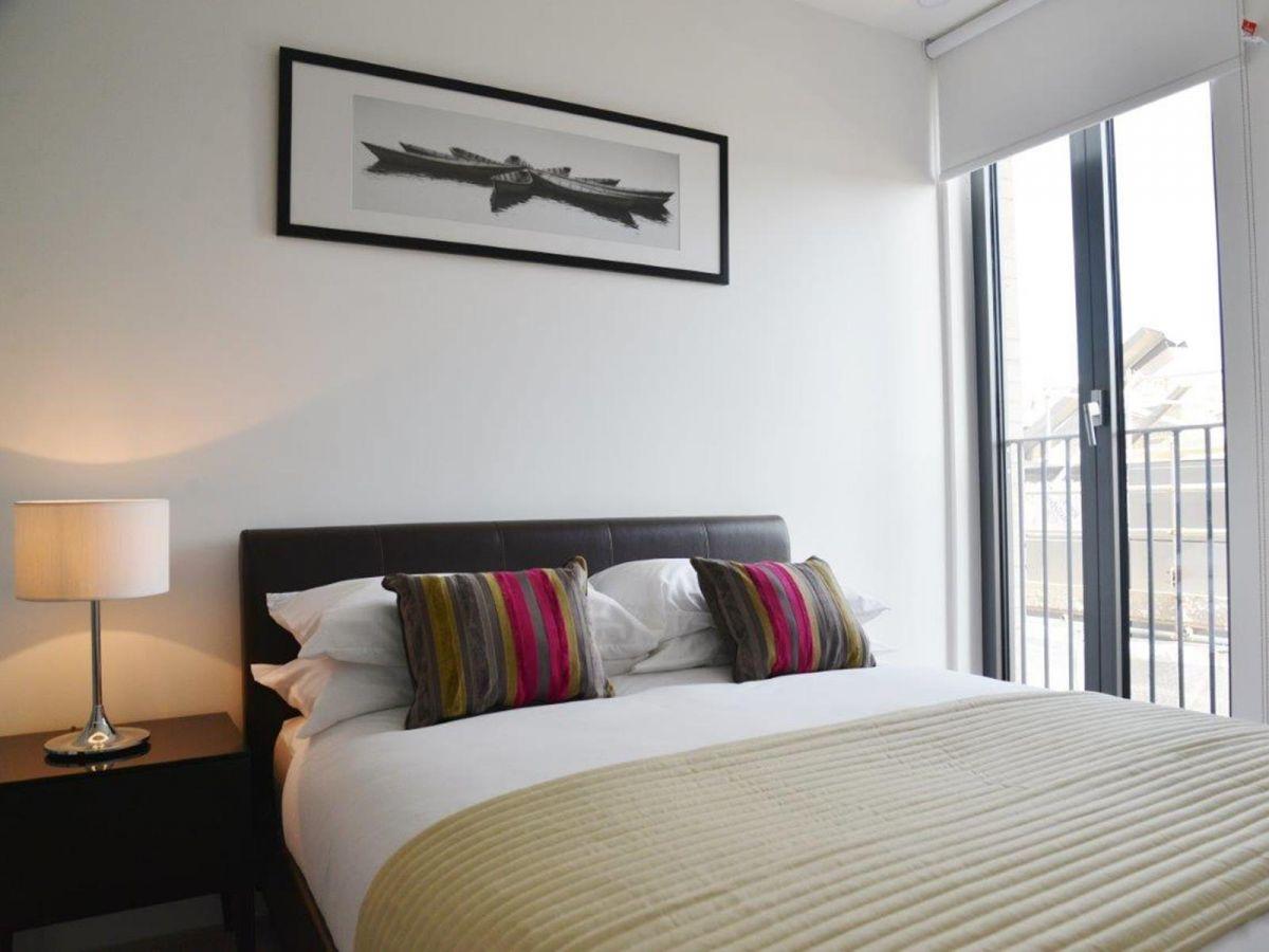 Notting-Hill-Serviced-Accommodation---Portobello-Road-Apartments-Near-Kensington-Palace-7
