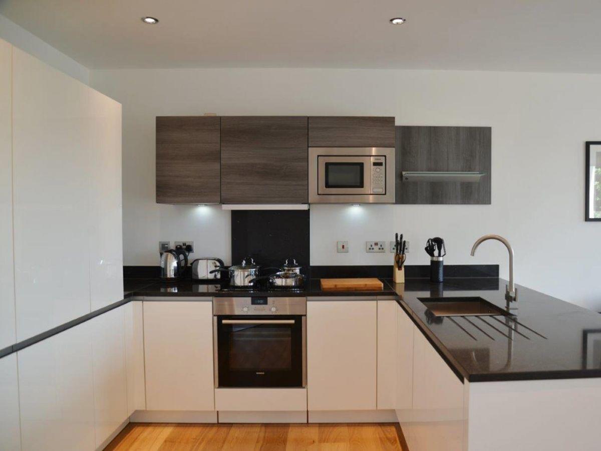 Notting-Hill-Serviced-Accommodation---Portobello-Road-Apartments-Near-Kensington-Palace-9