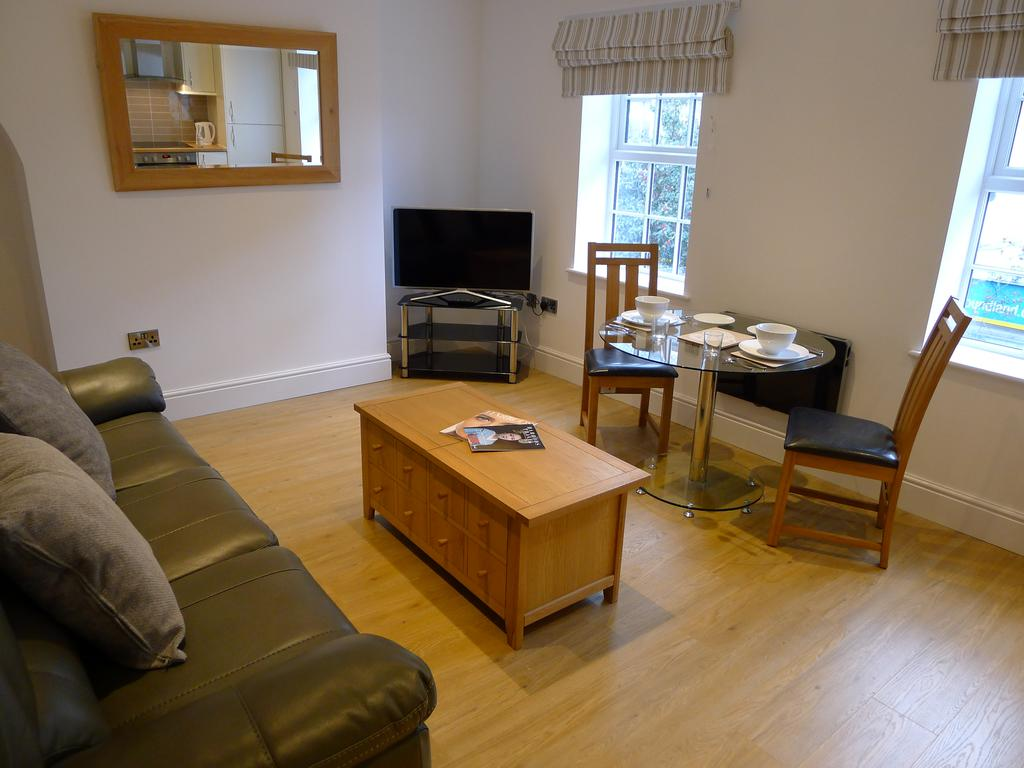 Rugby-Corporate-Accommodation---Church-Court-Apartments-in-Rugby---Urban-Stay-1