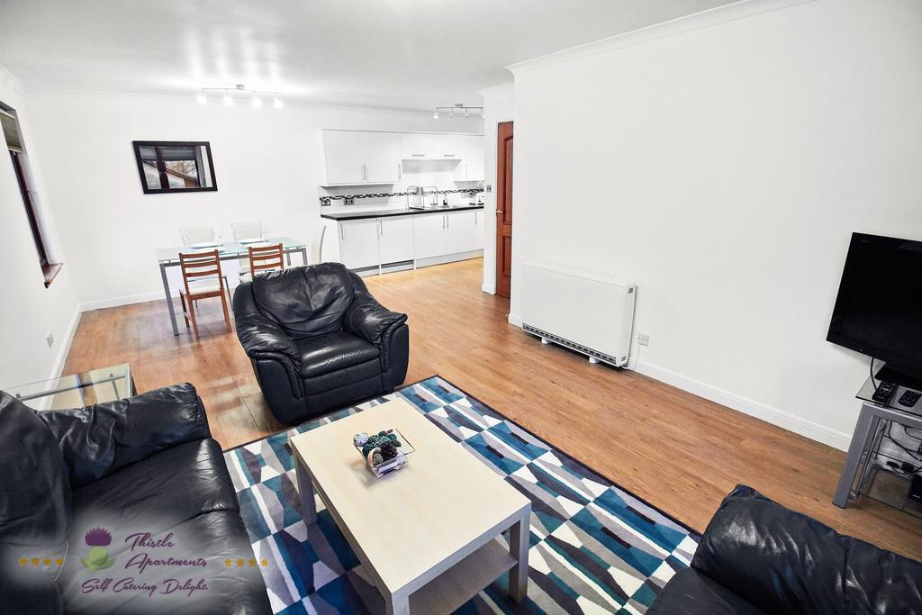 Self-Catering-Apartments-Aberdeen---Bon-Accord-Apartment-Near-Duthie-Park---Urban-Stay-5