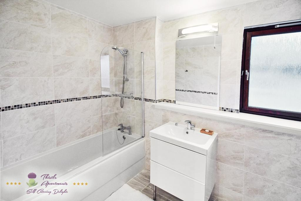 Self-Catering-Apartments-Aberdeen---Bon-Accord-Apartment-Near-Duthie-Park---Urban-Stay-7