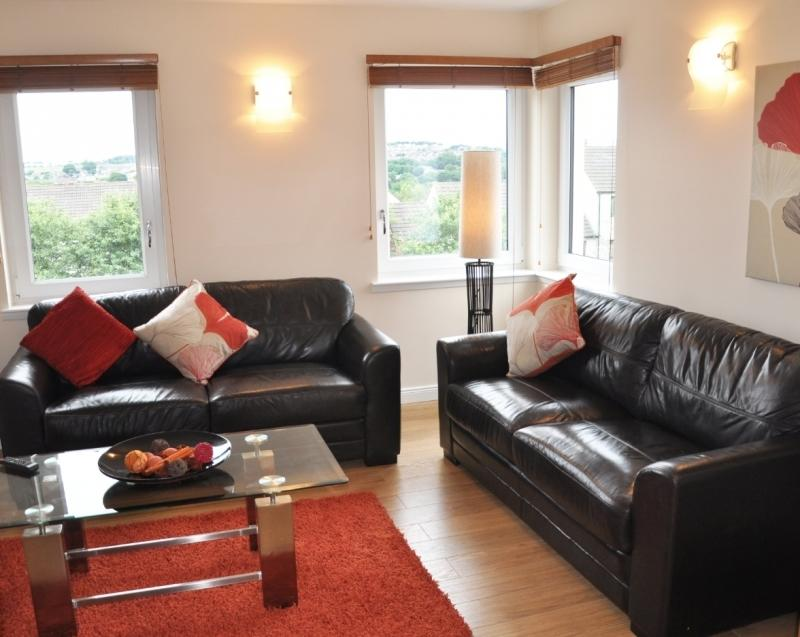 Self-catering Accommodation Aberdeen - The Royals Apartments Near Aberdeen Royal Infirmary- Urban Stay 3