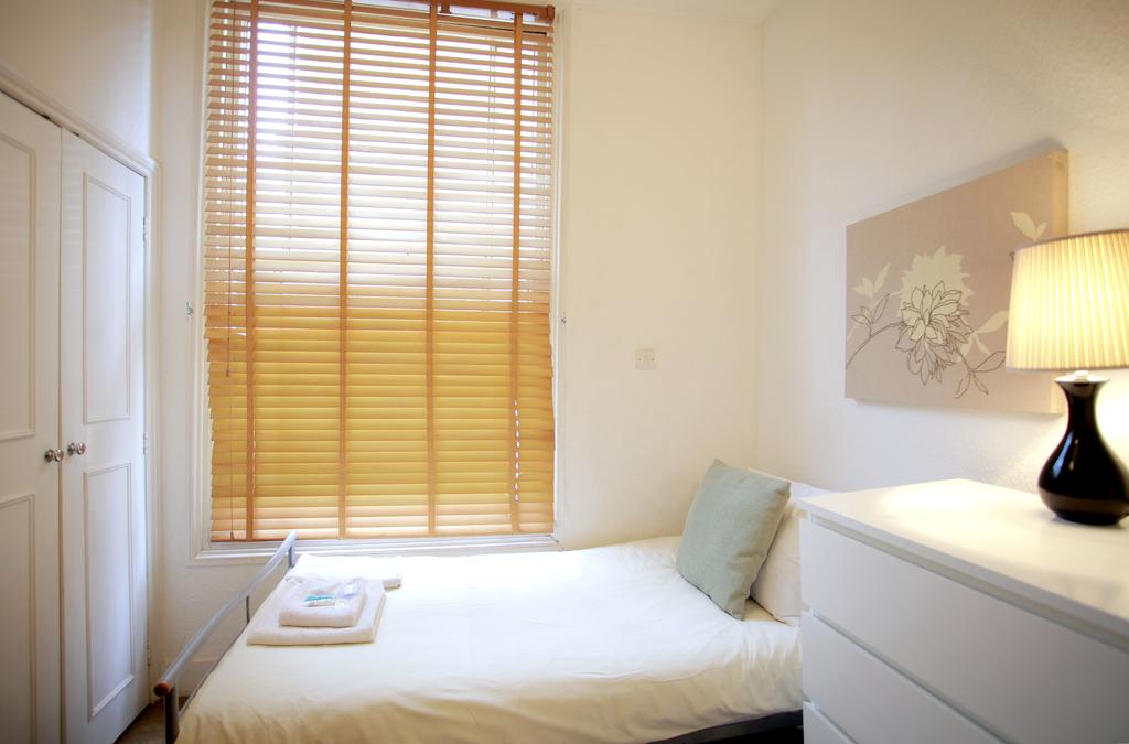Serviced Accommodation Bayswater - Kensington Gardens Apartments Near Natural History Museum- Urban Stay 12