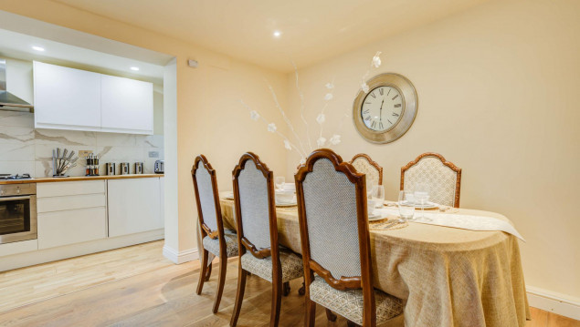 Serviced-Accommodation-Brentford---Mill-Cross-Apartments-Near-Brentford-train-station---Urban-Stay-13
