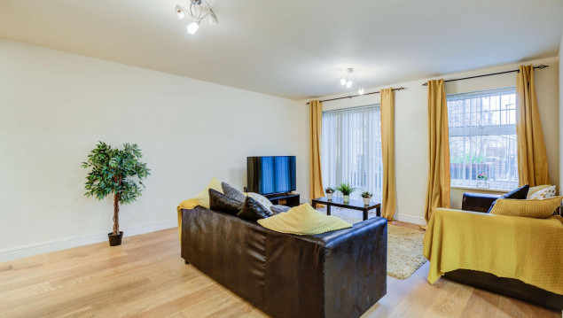 Serviced-Accommodation-Brentford---Mill-Cross-Apartments-Near-Brentford-train-station---Urban-Stay-18
