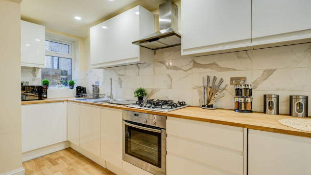 Serviced-Accommodation-Brentford---Mill-Cross-Apartments-Near-Brentford-train-station---Urban-Stay-2