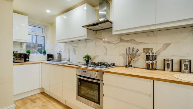 Serviced-Accommodation-Brentford---Mill-Cross-Apartments-Near-Brentford-train-station---Urban-Stay-2