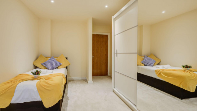 Serviced-Accommodation-Brentford---Mill-Cross-Apartments-Near-Brentford-train-station---Urban-Stay-8
