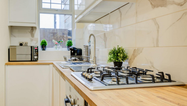Serviced-Accommodation-Brentford---Mill-Cross-Apartments-Near-Brentford-train-station---Urban-Stay-9