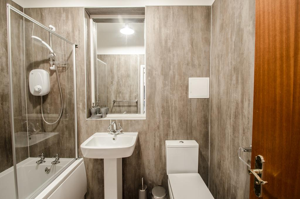 Serviced-Apartments-Aberdeen---Bastille-Apartments-Near-Beach-Ballroom---Urban-stay-1