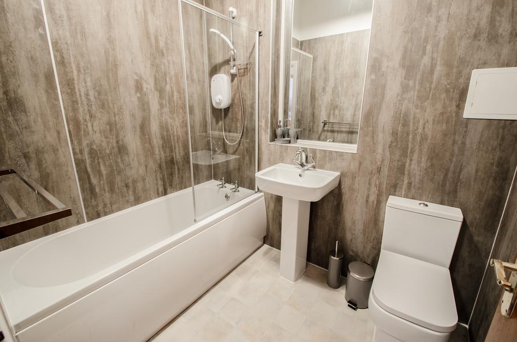 Serviced-Apartments-Aberdeen---Bastille-Apartments-Near-Beach-Ballroom---Urban-stay-3
