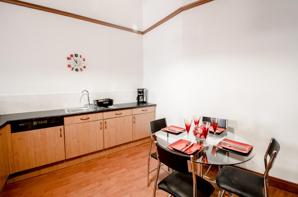 Serviced-Apartments-Aberdeen---Bastille-Apartments-Near-Beach-Ballroom---Urban-stay