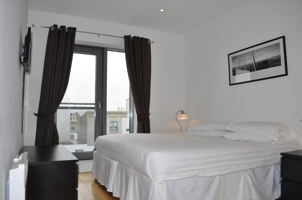 Serviced-Apartments-Edinburgh---Western-Harbour-Apartments-Near-Edinburgh-Castle---Urban-Stay-12