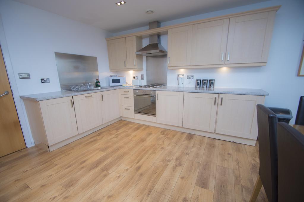 Serviced-Apartments-Edinburgh---Western-Harbour-Apartments-Near-Edinburgh-Castle---Urban-Stay-19