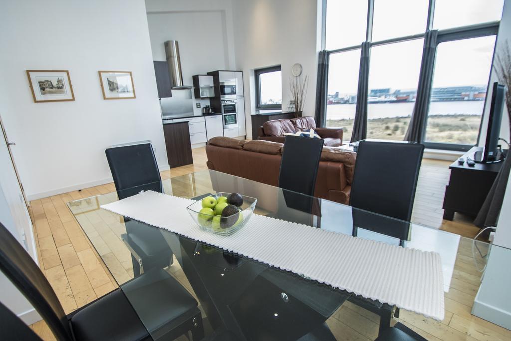 Serviced-Apartments-Edinburgh---Western-Harbour-Apartments-Near-Edinburgh-Castle---Urban-Stay-24