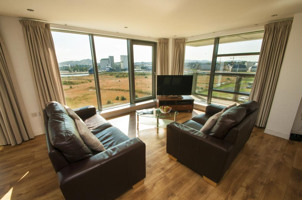 Serviced-Apartments-Edinburgh---Western-Harbour-Apartments-Near-Edinburgh-Castle---Urban-Stay-5