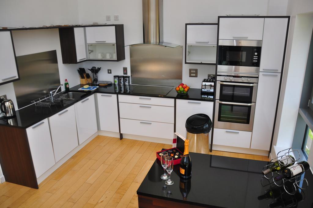 Serviced-Apartments-Edinburgh---Western-Harbour-Apartments-Near-Edinburgh-Castle---Urban-Stay-6