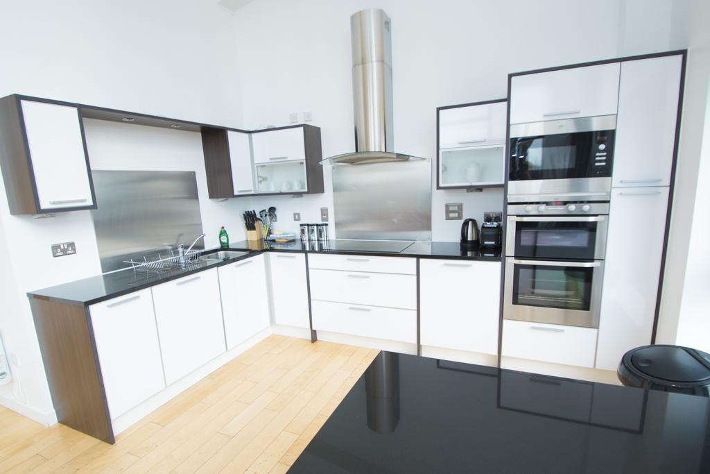 Serviced-Apartments-Edinburgh---Western-Harbour-Apartments-Near-Edinburgh-Castle---Urban-Stay-8