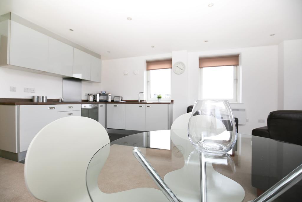 Serviced-Apartments-Newcastle---City-Quadrant-Apartments-Near-Utilita-Arena---Urban-Stay-3