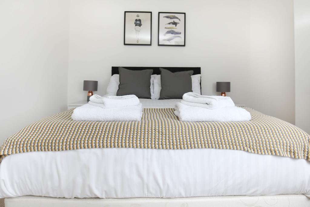 Serviced-Apartments-Newcastle---City-Quadrant-Apartments-Near-Utilita-Arena---Urban-Stay-8