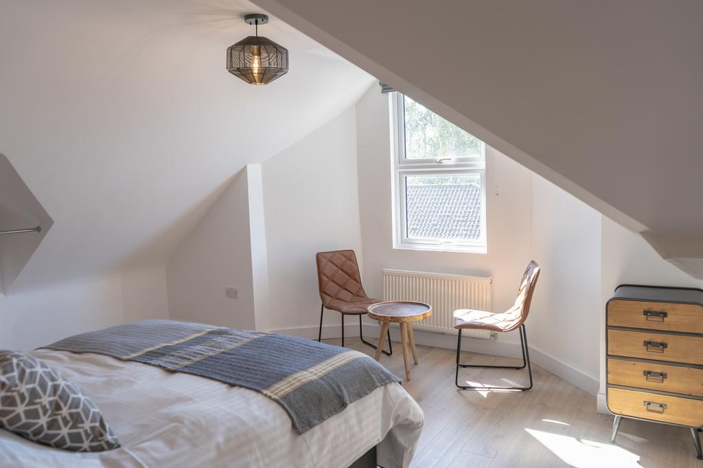 Serviced-Apartments-Oxford---Windmill-Road-Apartments-Near-St-Stephen's-House---Urban-Stay-2