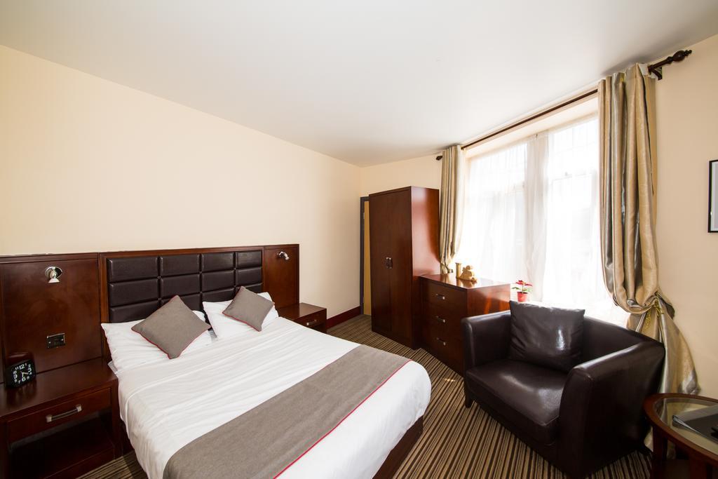 Sheffield-Serviced-Accommodation---Hillsborough-Apartments-Near-Sheffield-Railway-Station---Urban-Stay-10
