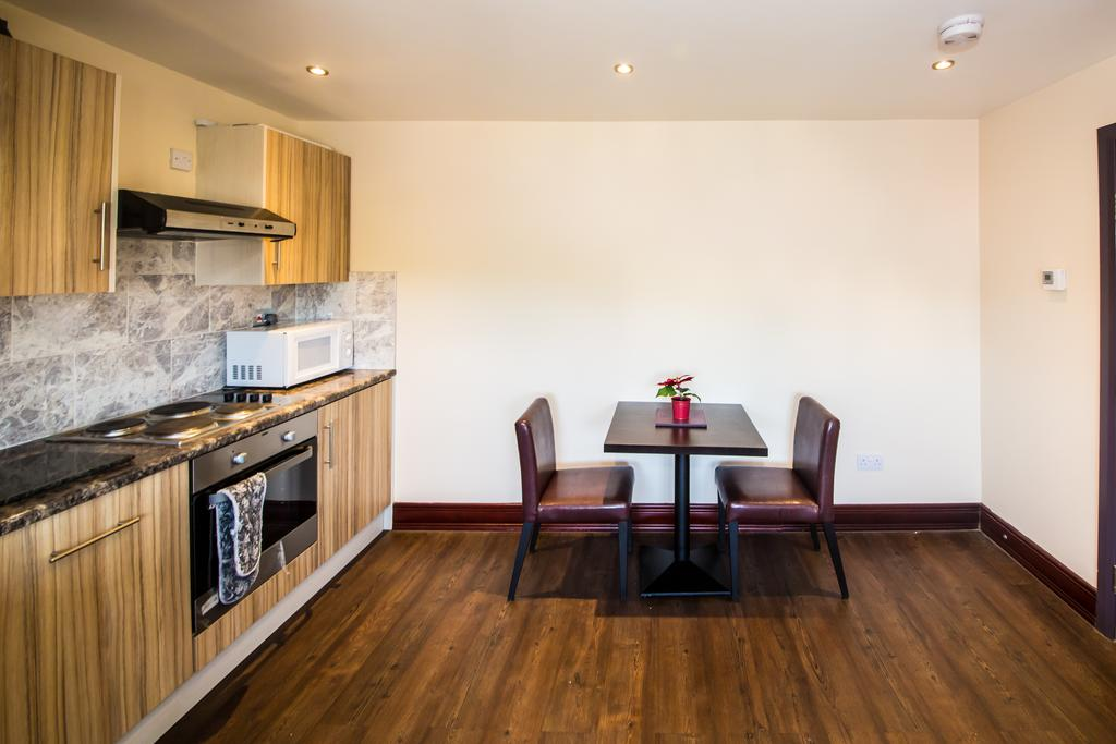 Sheffield-Serviced-Accommodation---Hillsborough-Apartments-Near-Sheffield-Railway-Station---Urban-Stay-12