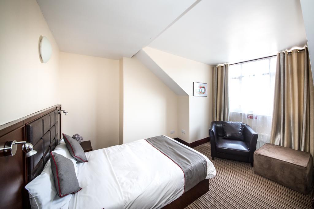 Sheffield-Serviced-Accommodation---Hillsborough-Apartments-Near-Sheffield-Railway-Station---Urban-Stay-18